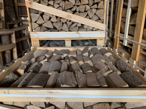 Kiln Dried Firewood 1m cubed Crate 2